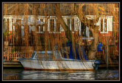 Runnymead 8 (ritaguy10) Tags: water river boats distillery digitalcameraclub flickrcolour blueribbonphotography