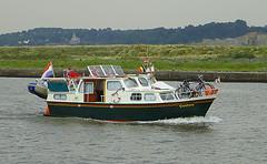 Pleasure boat (sjaradona) Tags: water boat pleasure 2007