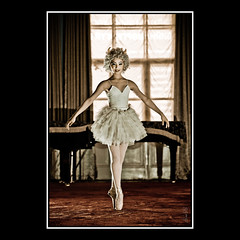 Ballerina (Explored) (Mr.GG) Tags: ballet canon dance devil ggmgl