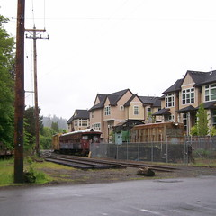 EPT rolling stock stuffed into a disconnected siding next to what used to be the Sellwood Carbarn