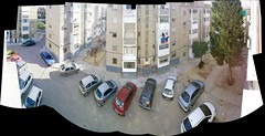 Panorama Downstairs ;) (*Alejandro*) Tags: panorama cars window ventana carr view fenster voiture finestra bil autos  avto gari nkala araba  makina   bll cotxe    samochd  vagn  kotse   panorma main       fuinneog mana  karozza   lnlargas noticings