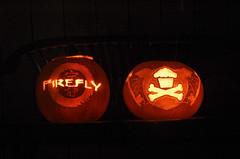 Both pumpkins (Avant Garland) Tags: pumpkin cupcakes candle jackolantern web spiderweb serenity firefly batwings johnnycupcakes skeletonkeys