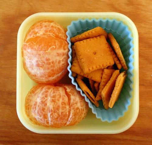 Kindergarten Snack #30: October 26, 2009