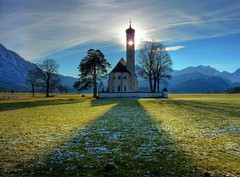 Sankt Coloman (Schwangau) (Claude@Munich) Tags: light shadow snow church backlight germany geotagged bayern deutschland bavaria licht frost schatten barock hdr gegenlicht frontlight schwaben schwangau swabia wallfahrtskirche claudemunich pilgrimagechurch koloman stcoloman ostallgu coloman geo:lon=10749521 colomanskirche geo:lat=4757971