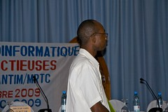 IMG_6725 (iscb_upload) Tags: raw mali bamako bioinformatics infectiousdiseases iscb asbcb conferenceonbioinformaticsofinfectiousdiseases iscbafrica