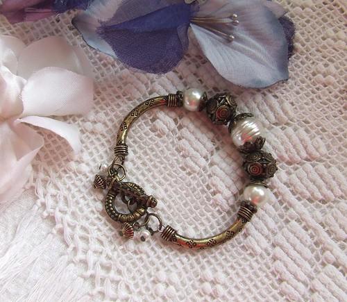 Antique Gold & Pearls...bracelet
