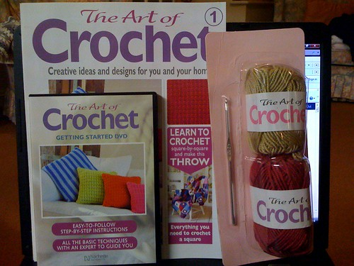 For years I have longed for a new Crocheting magazine. Step by Step one. Here it is at last!