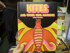 psychedelic kites!