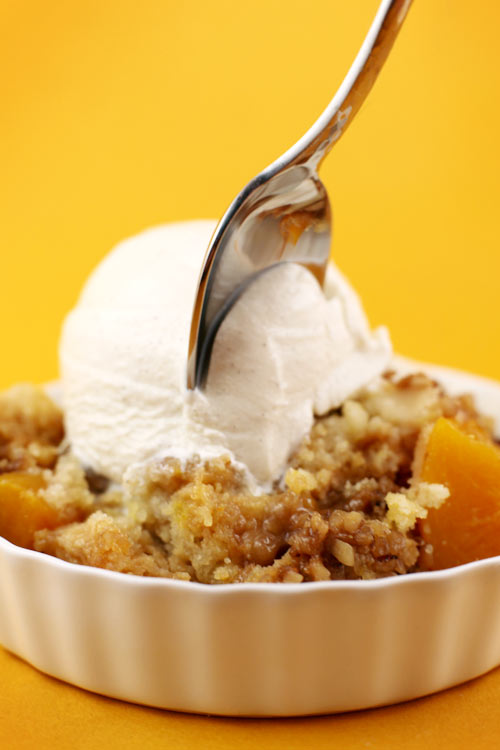 Ridiculously Easy Peach Crumb Cake