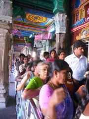 Queuing up for Meenakshi (Ginas Pics) Tags: people india smart religious temple worship religion worldheritagesite holy sacred madurai sacredsite pilgrims religiousceremony ginaspics largecrowd largegroupofpeople 2013ginaspics reginasiebrecht copyright2015reginasiebrecht