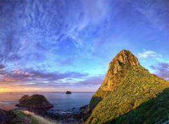 Paratutu Rock (Mark Solly (F-StopNinja)) Tags: blue sunset newzealand sky panorama beach rock clouds island back pano vegetation hdr taranaki newplymouth paratutu