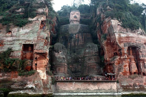 Giant Stone Buddha at Leshan (乐山大佛)