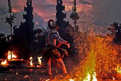 Hanuman, The hero ( Kecak Dance - Fire dance ) (J.Cheng) Tags: red bali indonesia fire culture holy hanuman legend legacy cheng sita kecak heroe uluwatutemple sanwookong