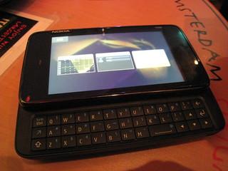 Nokia N900 Blogger Preview