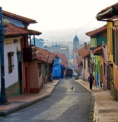 a picturesque street in Bogota (by: Tijs Swinkels, creative commons license)