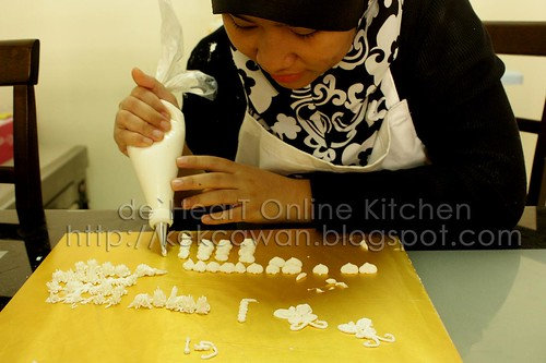 Cake Deco Class - 16 Jan 2010
