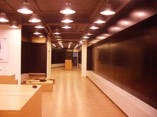 光華商場戰區:Apple直營店規模的APR即將開幕