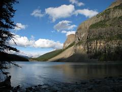 Morain Lake (alexvandommelen) Tags: mountain lake canada mountains canon powershot banff rockie s5 morain canonpowershots5is s5is canons5is