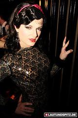 Burlesque_Latex