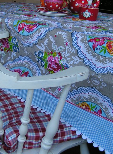 new Pip tablecloth