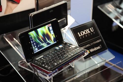 Fujitsu FMV-BIBLO LOOX U