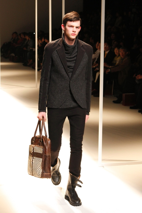 Tom Nicon3150_FW10_JFW_THE INDIVIDUALIST