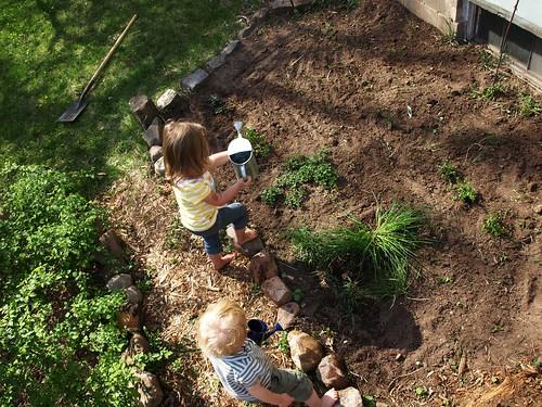 Gardening10 004