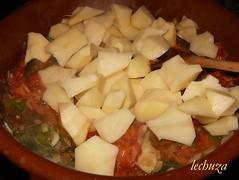 Marmitako de salmón-añadir patatas
