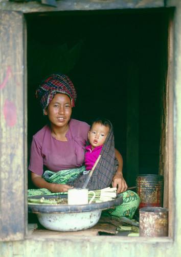 Mother&Child - Meiktila, Burma