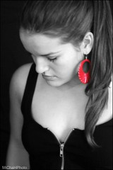 girl with the red earring...;) (MiChaH) Tags: red portrait bw girl nikon amy zwartwit daughter earring portret meisje dochter fotoshoot blackwhitered bwr oorbel d300s girlwiththeredearring