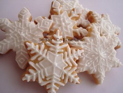 snowflake cookies (JILL's Sugar Collection) Tags: snowflake christmas food cookies decoration sugar icing piping picnik foodcolor royalicing sugarcraft