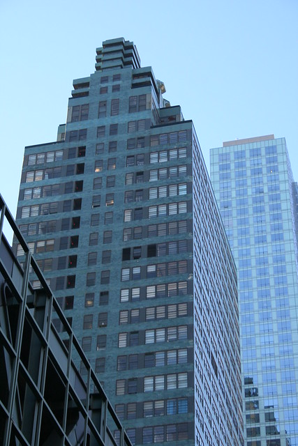 McGraw-Hill Building by Emilio Guerra