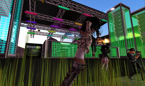raftwet at dj rhoyks qork party room 55