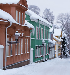 Nykping in Snow #4 (crsan) Tags: christmas white snow canon town sweden small sverige 28 2009 lots nykping nykoping 50d 7020mm crsan holmr christianholmercom