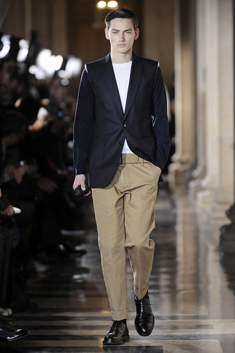 Jakob Hybholt3499_FW10_Paris_Dries Van Noten(diorboy@mh)