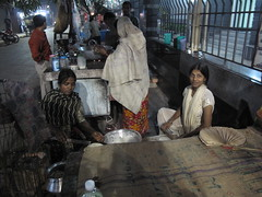 Manick's Daughters Make Chapati - Kolkata, India