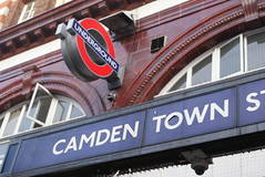 (marcelaloverdos) Tags: camdentown camdentownstation