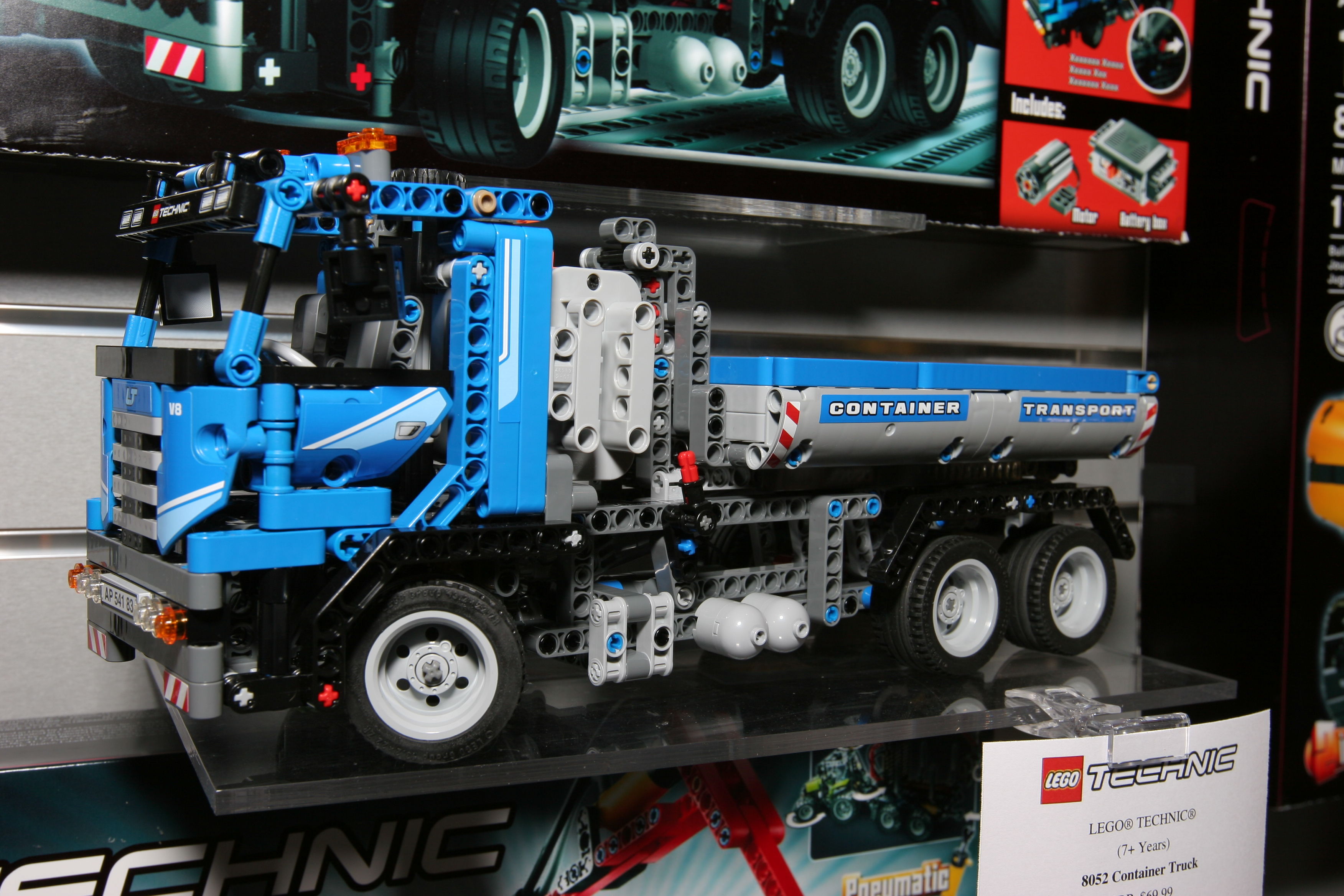 Technicbricks High Res Pictures Of 2h10 Technic Sets Now From Ny