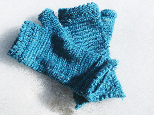 Blue Tweed Reading Mitts