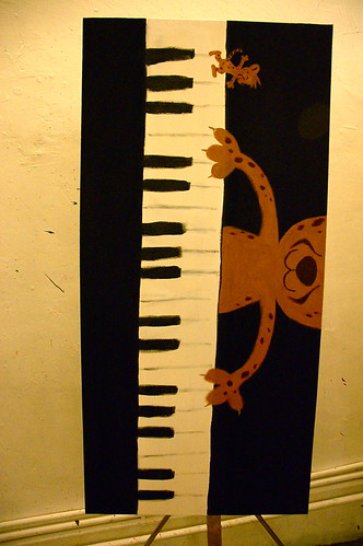 Dumo playing piano