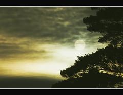 PRESAGIO (Rodryz) Tags: sunset espaa sun landscape spain nikon paisaje andalucia granada crepusculo ocaso d90