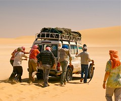(1083)   ... jetzt gehts weiter ! / The car go again (unicorn 81) Tags: voyage africa travel people color sahara car trekking landscape sand colorful desert northafrica egypt adventure egyptian shooting egipto 2009 gypten egitto excursion egypte reise egypten rundreise roundtrip egipt gypte shootingpeople mapegypt jeepsafari misr nordafrika gelndewagen egypttrip april2009 gypten crosscountryvehicle aegyptus worldtrekker  gyptusintertravel gyptenreise schulzaktivreisen saharacolors photo10011500