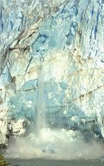 Calfing on Glacier Perito Moreno on Lago Argentino, Los Glaciares National Park (rhayward46) Tags: chile patagonia argentina landscape glacier peritomoreno mountians losglaciaresnationalpark glaciercalfing lagoargtentino