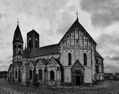 hier der Dom zu Ribe in schwarz weiß! (baerchen57) Tags: urlaub2017 dänemark dramatisch ribe dom domkirche romanisch