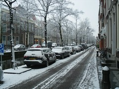 Koornmarkt, Delft (crwilliams) Tags: snow netherlands delft date:month=december date:day=17 date:year=2009 date:wday=thursday date:hour=08