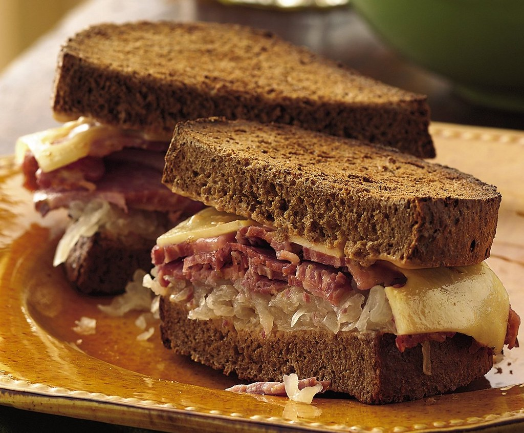 Slow Cooker Reuben Sandwiches Recipe