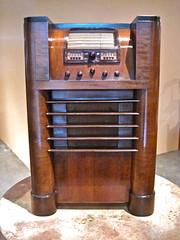 Console Radio Receiver