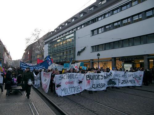 Antimilitaristische Bildungsstreikdemo am 23. Januar 2010 in Freiburg 25 von ag-freiburg.