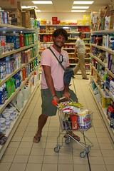 Io ed il carrellino / Me and the little trolley (AndreaPucci) Tags: summer italy me italia estate trolley supermarket io sicily sicilia lampedusa canoneos400 carrellino canonefs1855mm3556 andreapucci