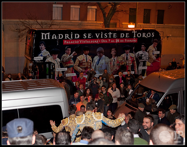 Madrid-se-viste-de-toros